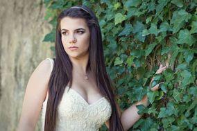 Mariana Mendes - Makeup Artist