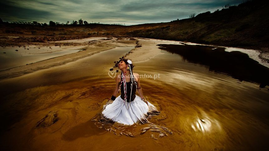 Noiva trash the dress