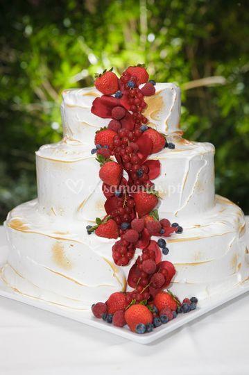 Bolo de noivos merengue