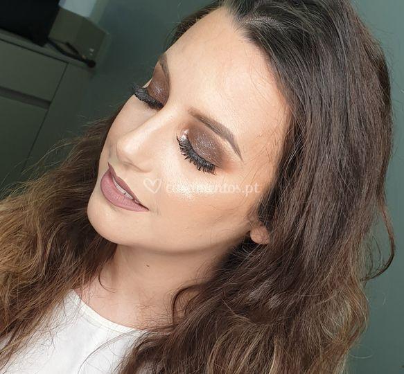 Daniela Cruz Makeup Artist