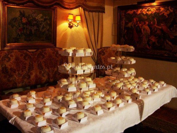 Mini bolos para casamento