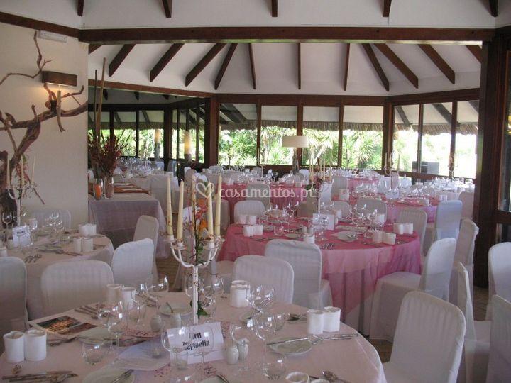 Decoração em rosa e branco - interior
