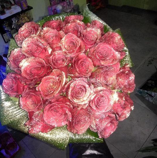 50 rosas vermelhas