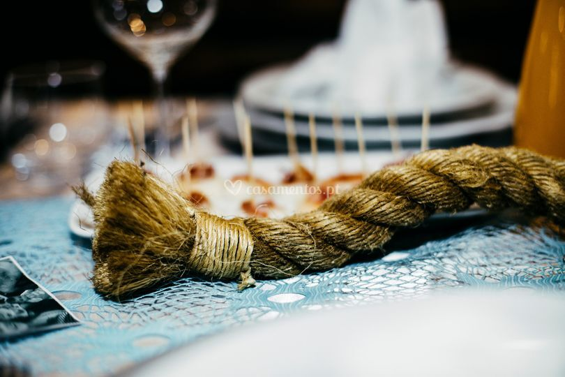 Rope in the table