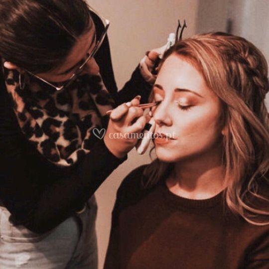 Makeup by Mariana Leitão