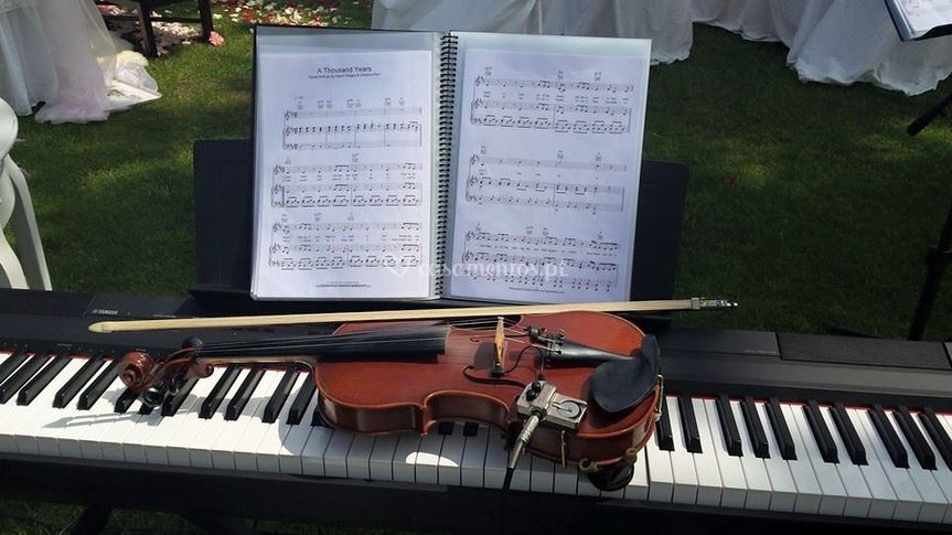 Orgão, violino e voz
