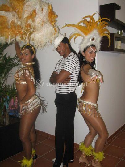 Dançarinos de samba