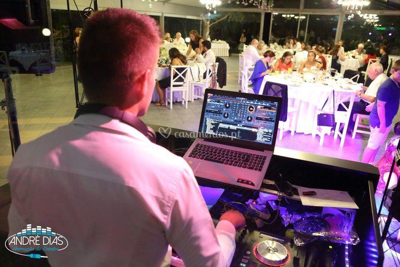 DJ e Animação