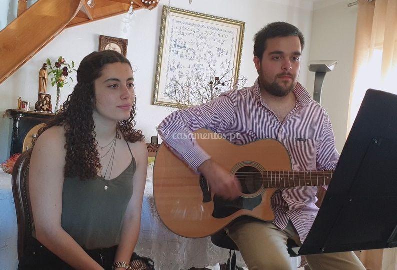 Dueto de voz e guitarra