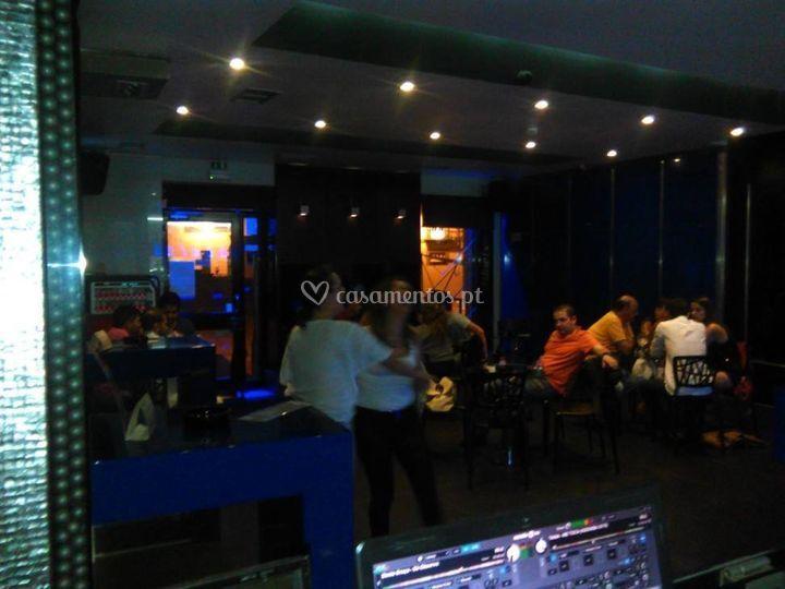 Festa no blue bar