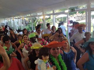Momento festa latina/havaiana