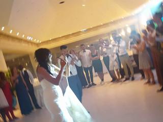 A dança dos noivos