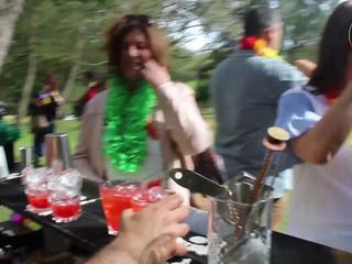 Hula hula party