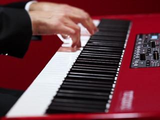 Música Portuguesa ao piano