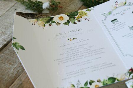 As 40 frases mais românticas para escrever nos convites