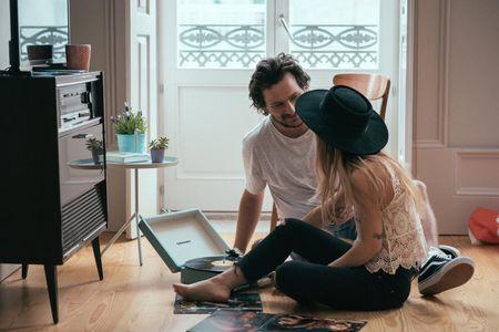Confinamento rima com futuro casamento: 6 ideias para um pedido de casamento em casa
