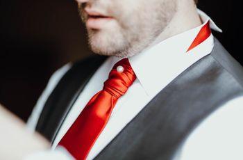 6 propostas para dar um toque de cor ao visual do noivo