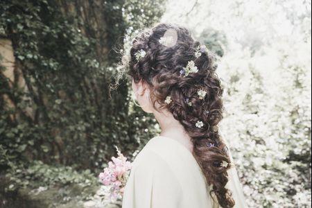 Os penteados mais românticos para os cabelos encaracolados