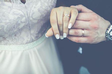 5 boas razões para escolher a manicura francesa para o teu casamento