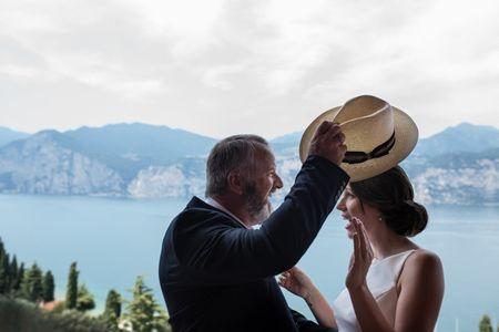 Qual é, atualmente, o papel do pai da noiva?