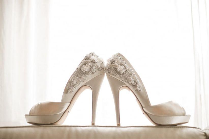 Gostas dos sapatos com pedraria? 1