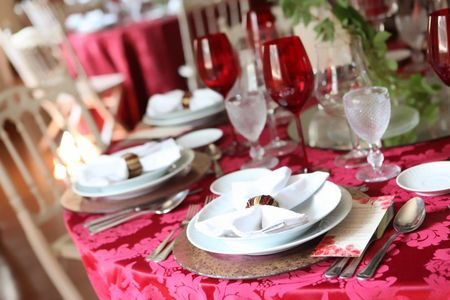 Coquetel, banquete ou buffet? Restaurante ou catering?