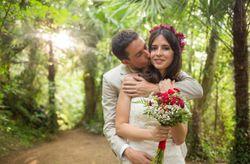 Paula e Carlos, um casamento em tons Marsala no meio de Montseny