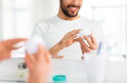 3 Razões para aderir a maquilhagem para o noivo