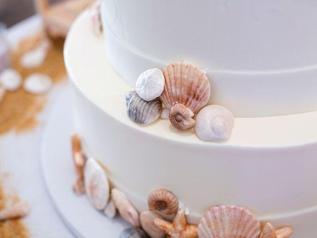 Bolos de casamento inspirados na praia