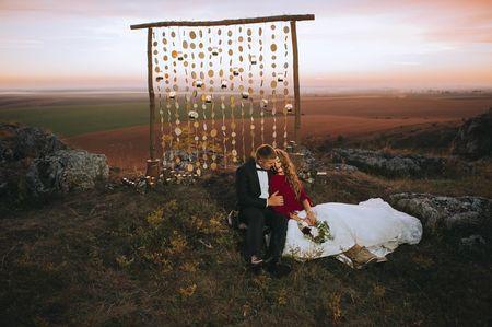 7 Elementos decorativos que não podem faltar num casamento simples