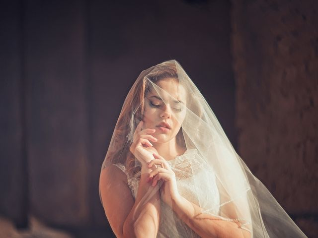 Os vestidos ideias para as noivas plus size