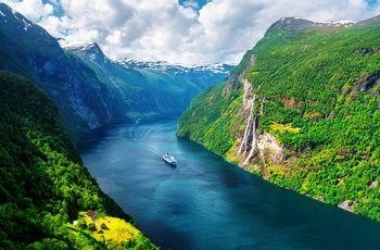 Lua de mel na Noruega: um cruzeiro romântico pelos fiordes