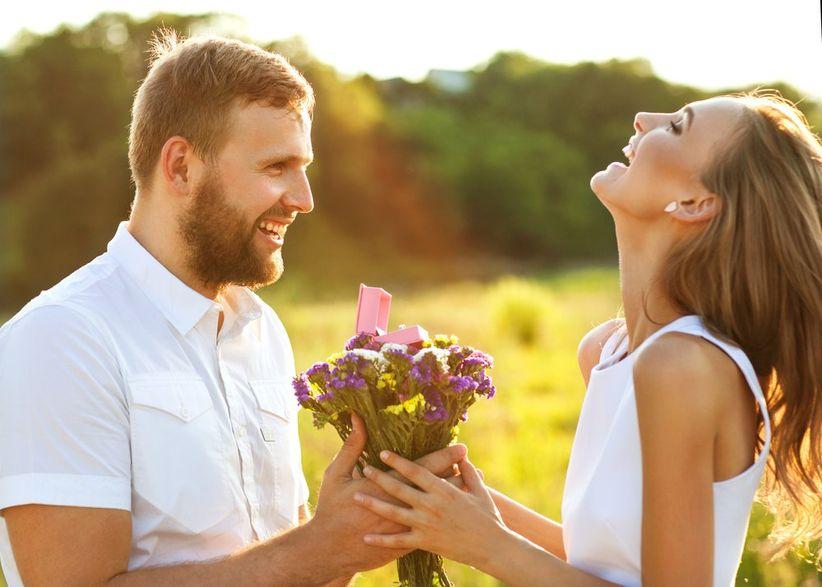 Resultado de imagem para a vida te dá sinais antes de te dar alguém
