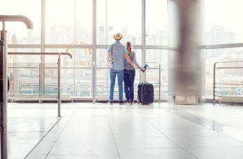 A lua de mel começa no avião: 9 dicas que precisas de saber!