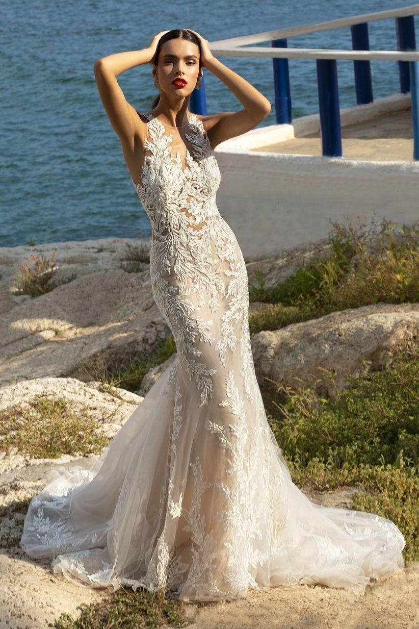 Escolhe uns SAPATOS para este vestido! 👗 1