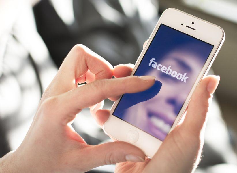 Que tenha a ex ou o ex nas redes sociais 1