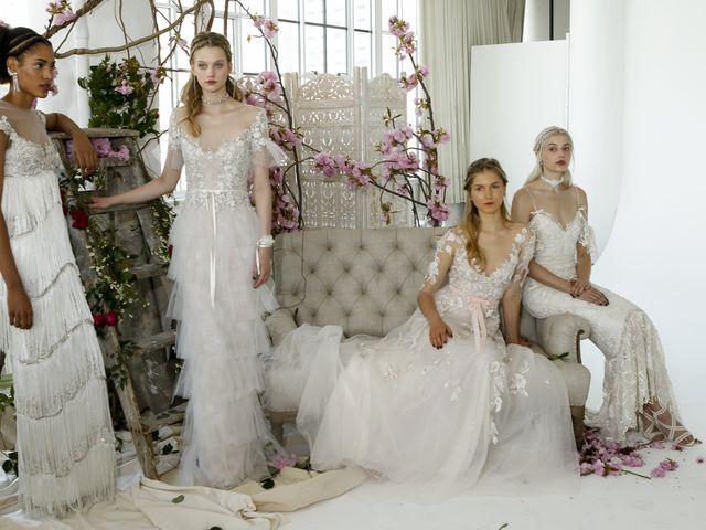 9 Tendências em vestidos de noiva para 2018: qual é a tua?