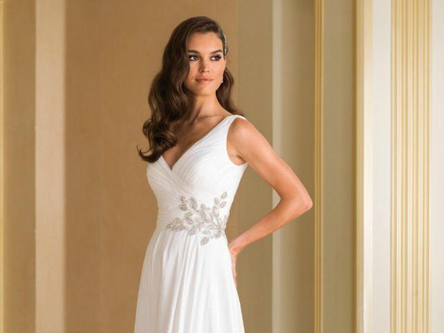 30 Vestidos com bordados: a tendência para as noivas mais românticas