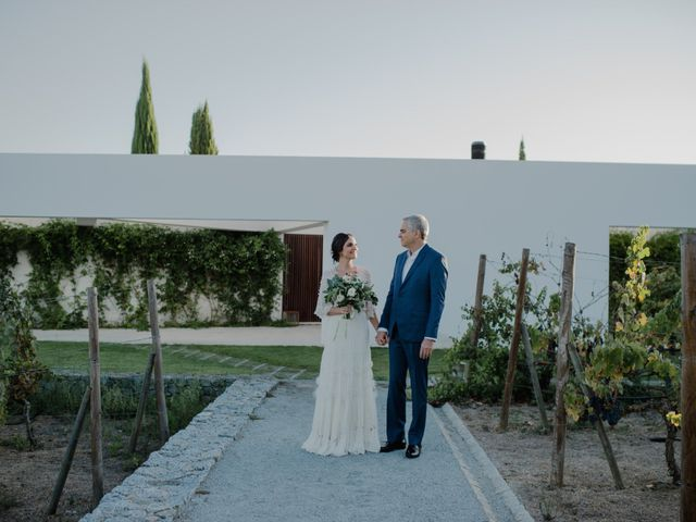 A entrada dos noivos na cerimónia: tudo o que precisas de saber