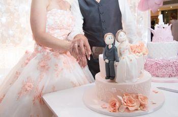 Bonecos de noivos personalizados para o bolo de casamento