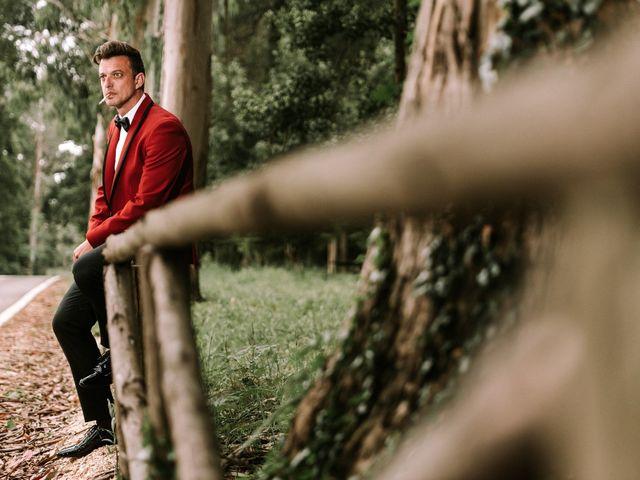 Smokings cheios de estilo para noivos 2018