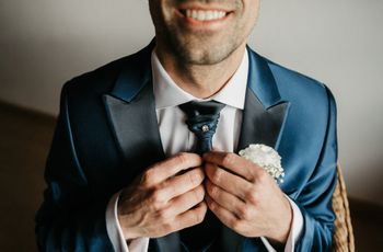 Gravata do noivo: lisa ou estampada? Opaca ou acetinada?