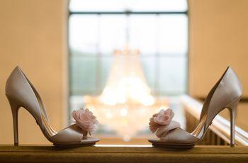 30 Sapatos winter-friendly para as noivas clássicas