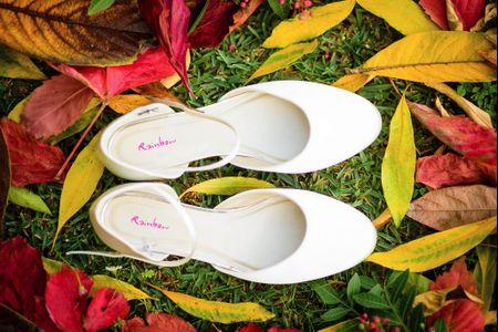 És uma noiva vintage? Inspira-te com 20 sapatos atados ao tornozelo perfeito para o teu look