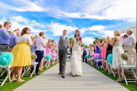 20 pormenores de casamentos com as cores quentes do Verão