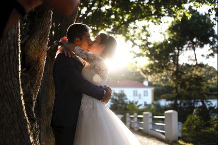 O casamento de Gonçalo e Carenza em Gradil, Mafra: detalhes únicos num enlace de conto de fadas