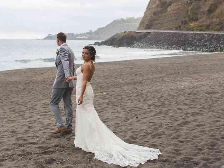 Vestido de noiva curto com calda longa   Vestidos de noiva