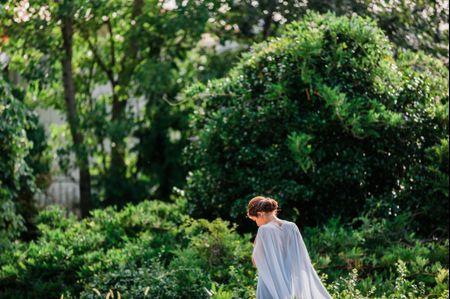 25 vestidos com capa para as noivas mais românticas