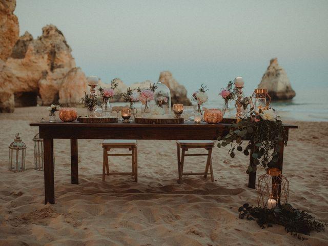 Lanternas flutuantes: charme para casamentos noturnos