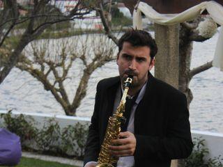 Hélder Magalhães - Violinista e DJ 1